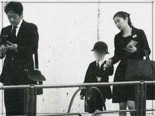 篠原涼子と市村正親と子供の画像