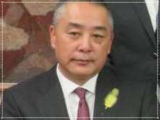 岡本昭彦の顔画像