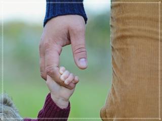 子供と父親の画像