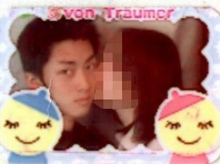 小泉進次郎と高校時代の彼女のプリクラ画像