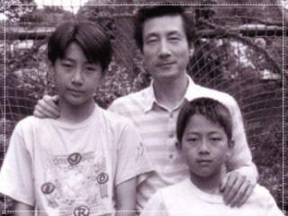小泉孝太郎と小泉進次郎兄弟と父親の小泉純一郎の画像