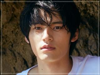 岡田健史の顔画像