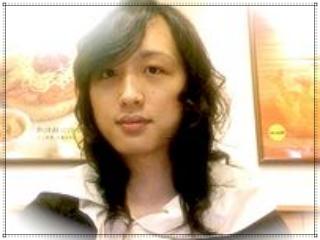 唐鳳氏(オードリータン)の顔画像,台湾,男性時代