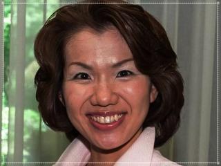 豊田真由子議員の顔画像