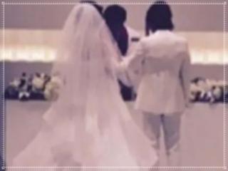 ナスDと嫁の森崎友紀の結婚式画像