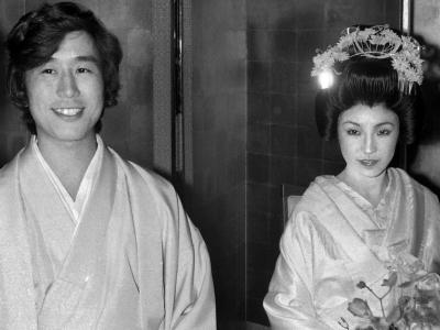 松任谷由実と松任谷正隆の結婚式画像